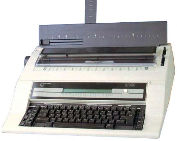 Nakajima NAKAJIMA AE740 Typewriter